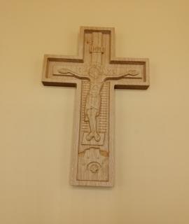 Cruce pentru perete 32-7
